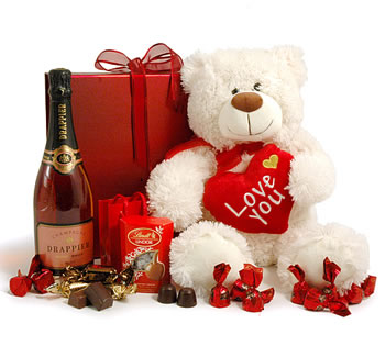 Giant Teddy & Ros� Champagne